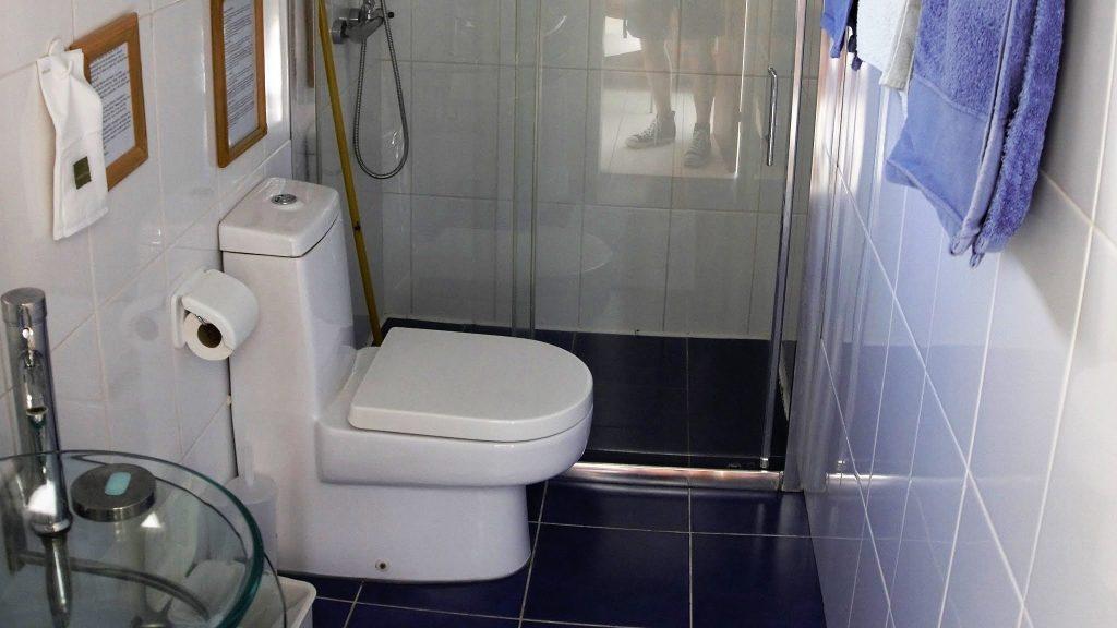 Grosse Duschkabine